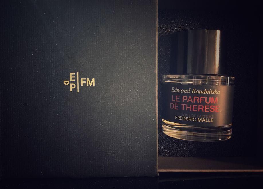 Sticla de parfum Frederic Malle