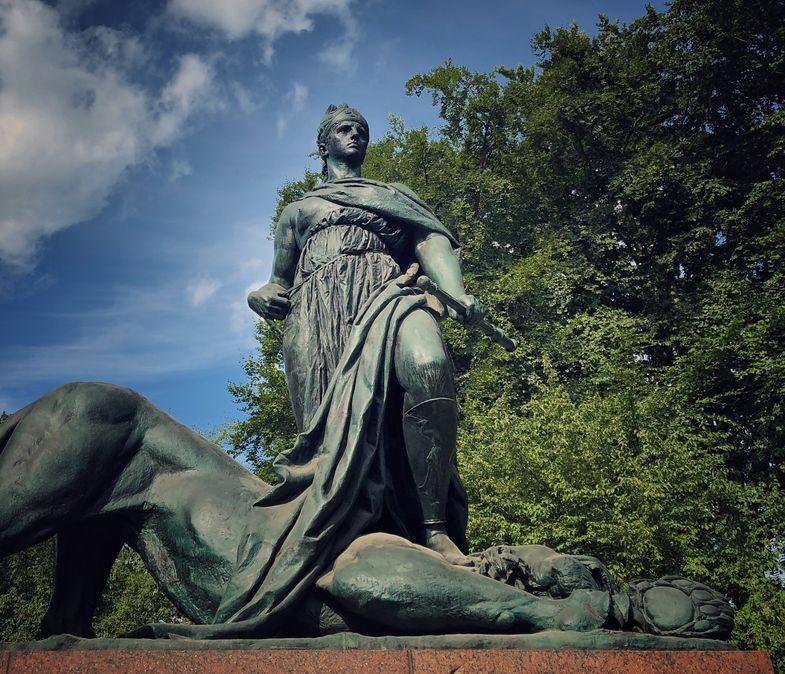 Statuia lui Bismark, Berlin