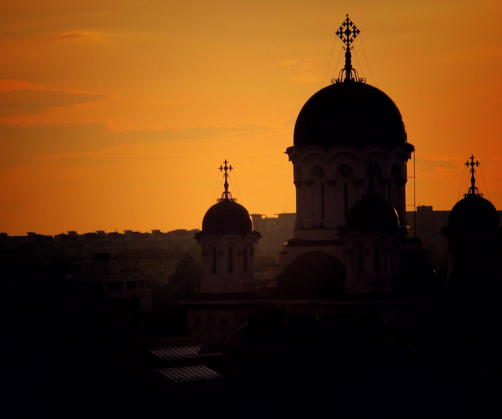 Mănăstirea Caşin la apus