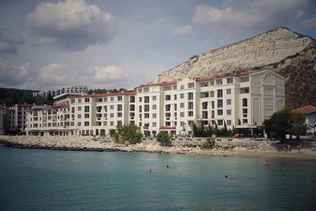 Hotel, Balcic Cum să nu iei ţeapă în vacanţă