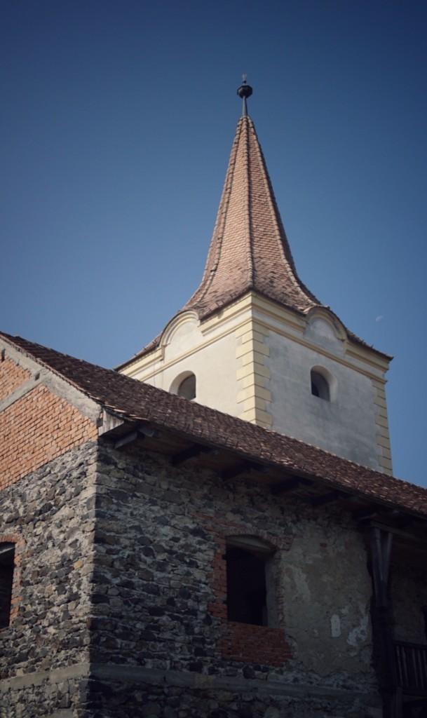 castelul din Racoş destinaţii de weekend locuri inedite în România